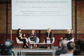 Talking Galleries Berlin 2015 : Panel on 'The added value of working alongside a gallery'