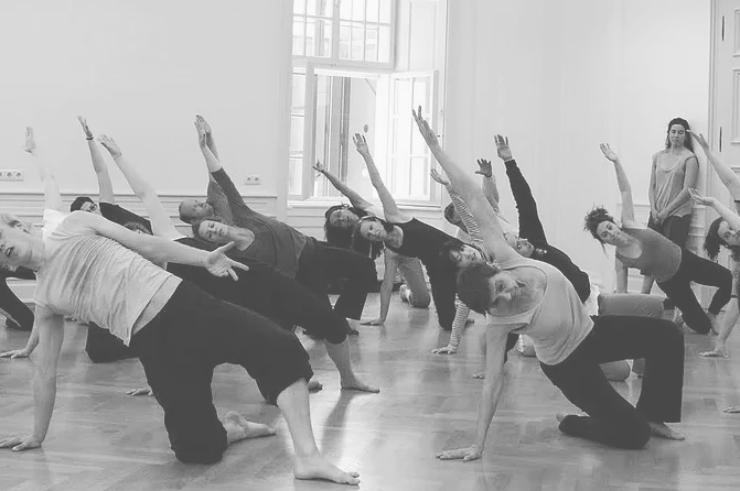 PHYSICAL ACTION ON STAGE | Workshop for Actors and Dancers in Berlin