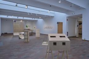 EXPOSITION: Shared Studios. Three Case Studies