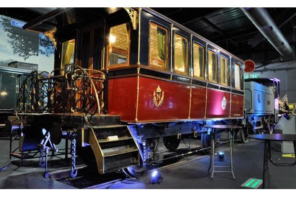 Chef.fe de projet en charge de la conservation à la Cité du train
