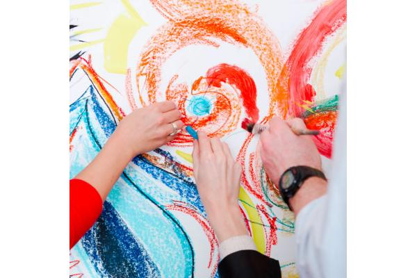 Applications are open for a MASTER in Art Therapy!