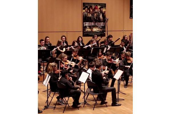 Enseignant musique, danse et art dramatique au conservatoire de Paris
